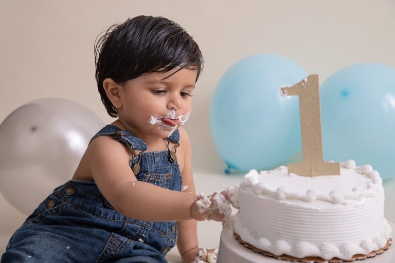 Cake Smash and Celebrating the First Year with Kiansh | Jersey City